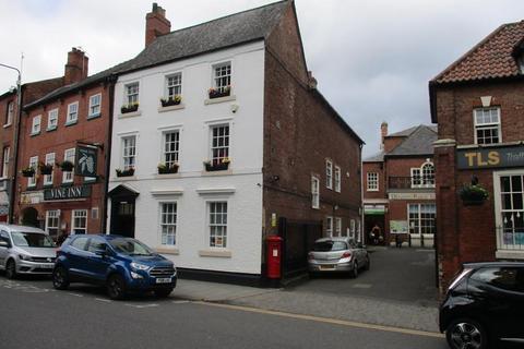 Shop to rent - 15 Churchgate, Retford, Nottinghamshire, DN22 6PA