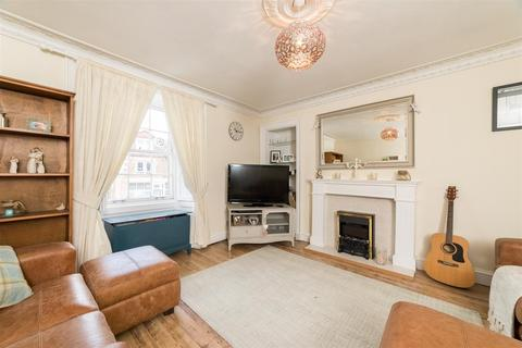 3 bedroom flat for sale - Main Street, Bridge Of Earn, Perth