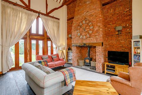 4 bedroom barn conversion for sale - Harvest Hill Lane, Meriden, Coventry