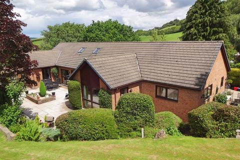 5 bedroom bungalow for sale - Sharnbrook, Upper Dolfor Road, Upper Dolfor Road, Newtown, Powys, SY16