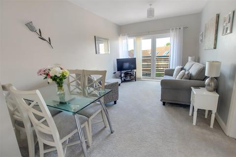 2 bedroom apartment for sale - Hawkshead Place, Newton Aycliffe
