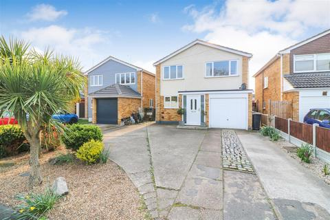 4 bedroom detached house for sale - Nipsells Chase, Mayland