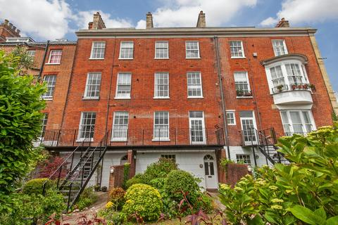 1 bedroom apartment to rent - St. Peter Street, Winchester