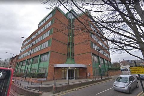 Office to rent - Greenside House, 50 Station Road, Wood Green, London, N22 7TP