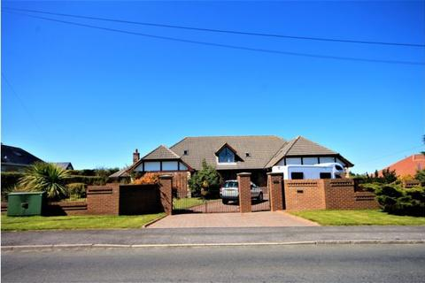 6 bedroom detached house to rent - Holly Lodge, 4 Front Street, Durham, DH7