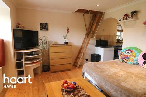 Studio for sale - Helmsdale Close