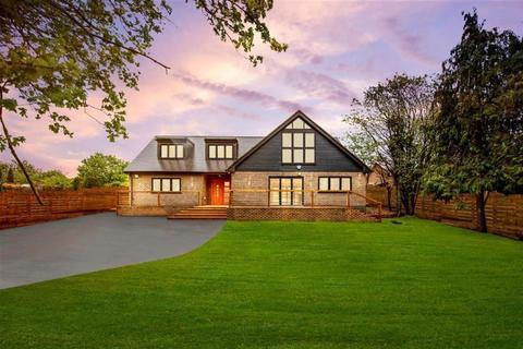 4 bedroom detached house for sale - North Hall Road , Ugley, Bishop's Stortford, CM22 6JD