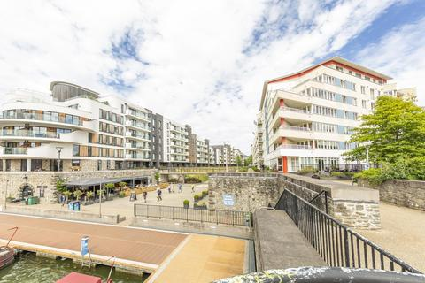 2 bedroom apartment to rent - The Crescent, BS1