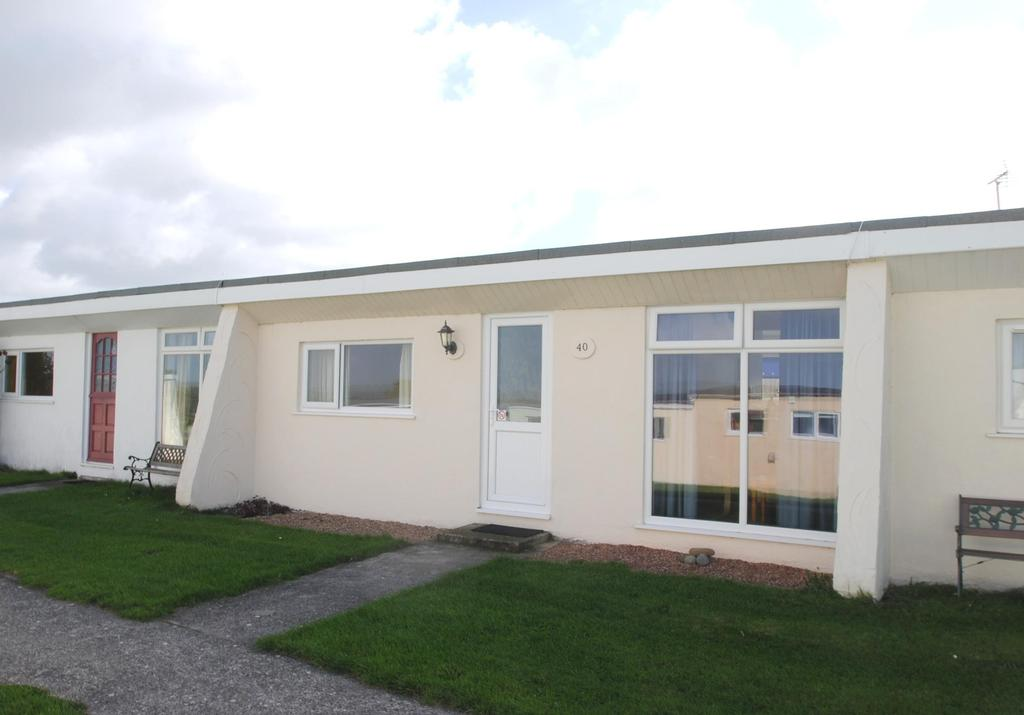 2 Bedrooms Terraced Bungalow for sale in Widemouth Bay, Bude