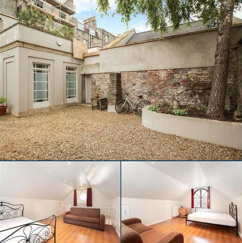 House to rent - Portland Street, Clifton, Bristol, BS8