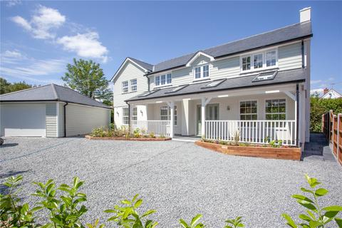 4 bedroom detached house for sale - The Common, Galleywood, Chelmsford, CM2