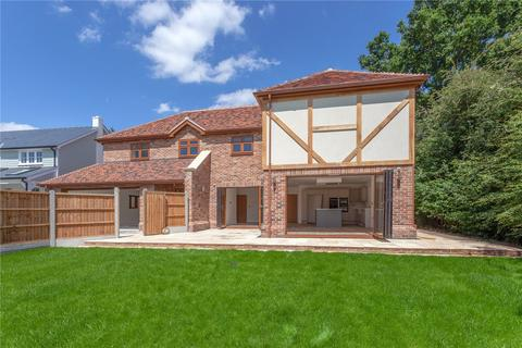 4 bedroom detached house for sale - The Ridings, The Common, Galleywood, Chelmsford, CM2
