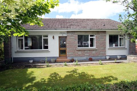 3 bedroom detached bungalow for sale - Woodville Gardens, Nairn