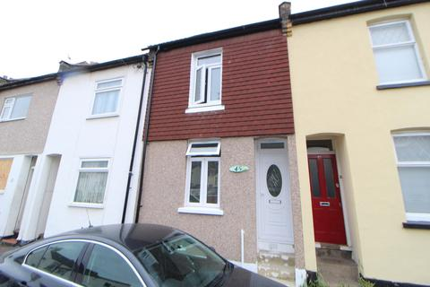 3 bedroom terraced house to rent - Chamberlain Road, Chatham, ME4