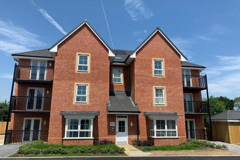 2 bedroom ground floor flat to rent - West End, Southampton