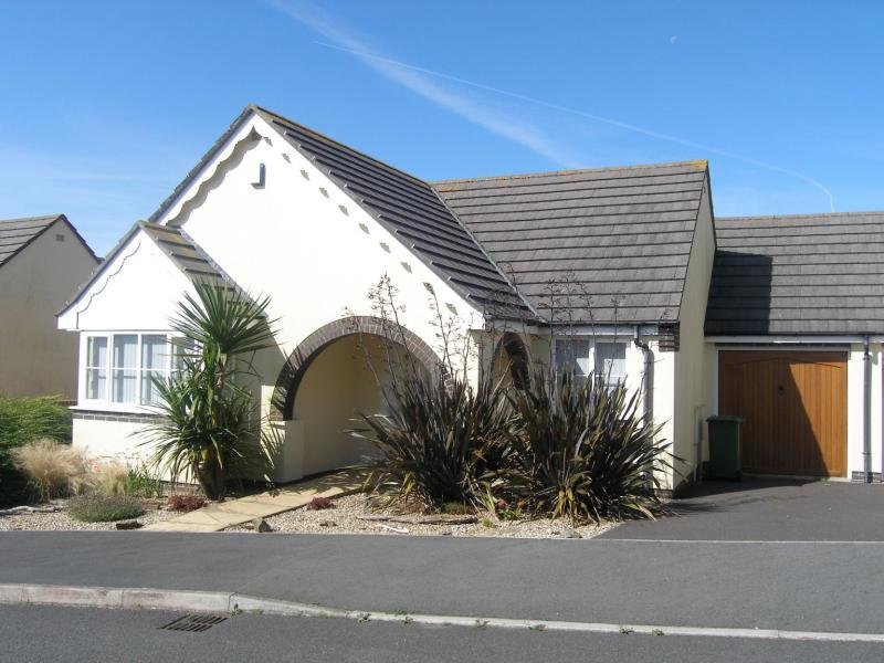 3 Bedrooms Detached Bungalow for sale in Hartland View Road, Woolacombe