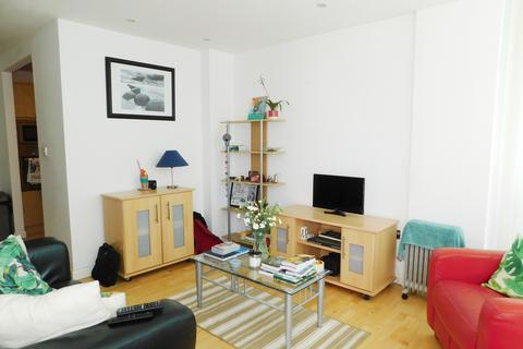 2 bedroom flat to rent - Greens End, Woolwich Central, London SE18