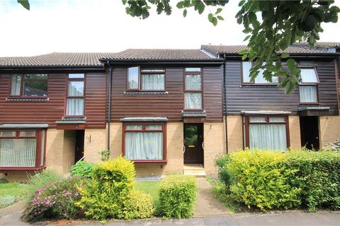 3 bedroom terraced house for sale - Inkerman Road, Knaphill, Woking, Surrey, GU21