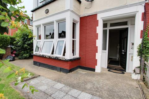 1 bedroom flat for sale - Finchley Road, Westcliff On Sea