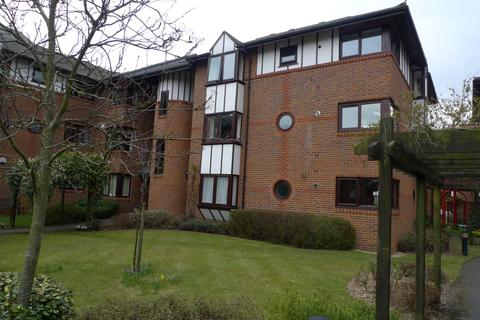 3 bedroom flat to rent - Caversham Wharf Reading