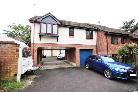 1 bedroom apartment for sale - Willwood Close, Poole, BH17