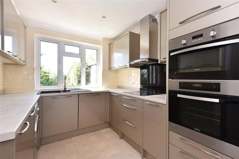 3 bedroom semi-detached house to rent - Cobton Drive, Hove, East Sussex, BN3