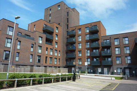 1 bedroom flat to rent - Hammond Court, Watermill Lane, London