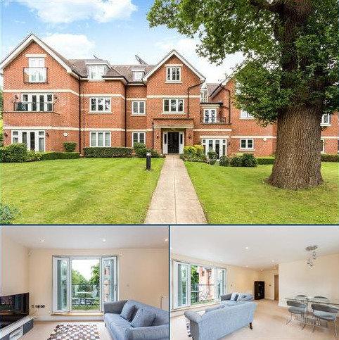 2 bedroom flat for sale - Saxon Court, 36 Brookdene Drive, Northwood, Middlesex, HA6