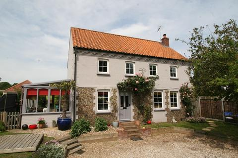 3 bedroom detached house for sale - Frostenden Corner, Nr Southwold, Suffolk,