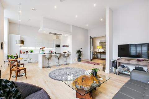 3 bedroom flat for sale - Magistrates House, Brentford, Middlesex
