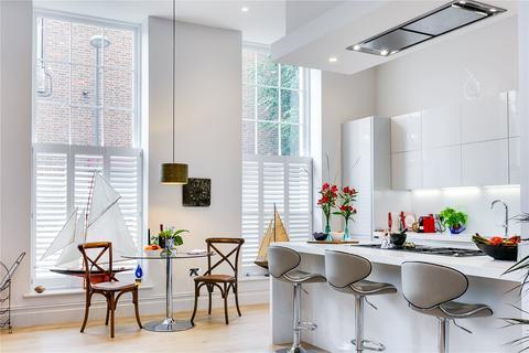 3 bedroom flat for sale - Magistrates House, Brentford, Middlesex