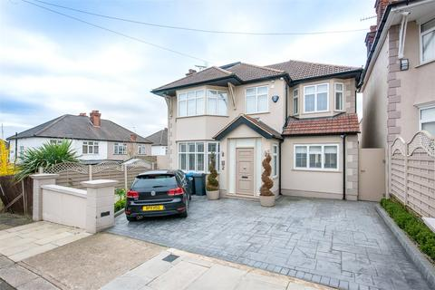5 bedroom detached house to rent - Hill Close, London, NW2