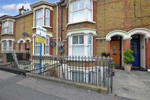 1 bedroom flat for sale - The Terrace, Gravesend, Kent