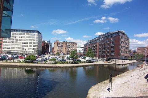 2 bedroom apartment to rent - Vantage Quay, Brewer Street, Piccadilly Basin, Greater Manchester, M1
