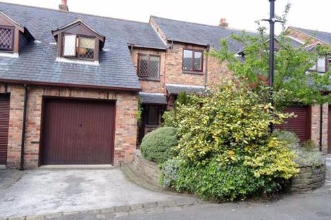3 bedroom house to rent - Roan Court (12)