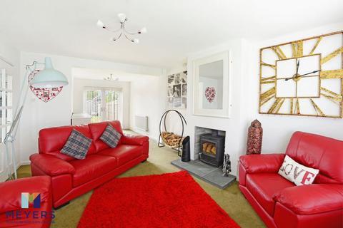 3 bedroom semi-detached house for sale - Legion Close, Dorchester, DT1