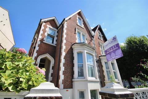 1 bedroom flat to rent - Victoria Road North Southsea Hampshire