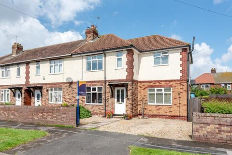 4 bedroom semi-detached house for sale - Alexander Avenue, Huntington, York