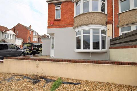 2 bedroom flat for sale - Chickerell Road, Weymouth, Dorset