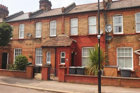 2 bedroom terraced house for sale - Farrant Avenue, Wood Green, N22