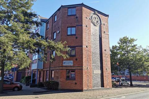 1 bedroom flat for sale - Trawler Road, Maritime Quarter
