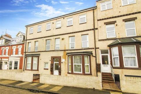 2 bedroom flat for sale - North Parade, Whitley Bay, Tyne And Wear