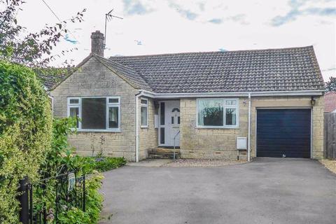 3 bedroom detached bungalow for sale - Elstub Lane, Cam, GL11