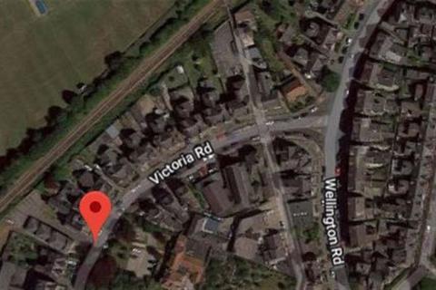 Garage to rent - Victoria Road, Bridlington, YO15
