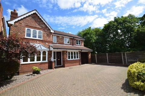 6 bedroom detached house for sale - Hamble Way, Macclesfield