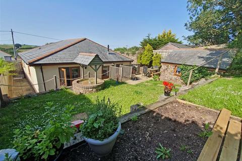 3 bedroom bungalow for sale - Slade, Bideford, Devon, EX39