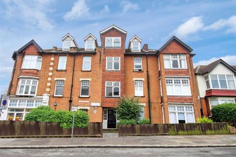 4 bedroom flat for sale - Normandy Avenue, High Barnet, Hertfordshire
