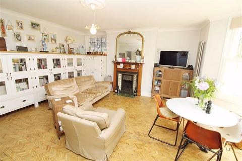 1 bedroom apartment for sale - Eaton Road, Hove, East Sussex