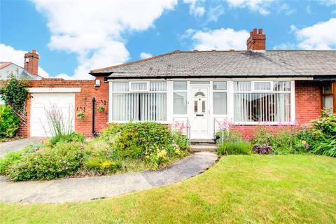 2 bedroom semi-detached bungalow for sale - Collingwood Avenue, High Farm, Tyne And Wear, NE28