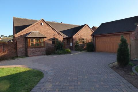 3 bedroom detached bungalow for sale - Alrewas Road, Kings Bromley